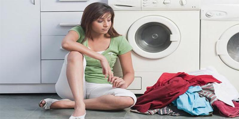 Mẹo giặt quần áo bằng máy giặt đúng cách để không làm phai màu