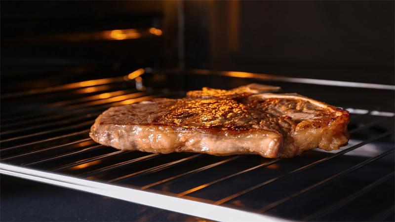 Cách nướng thịt bằng lò nướng đa năng Piron thơm ngon, hấp dẫn